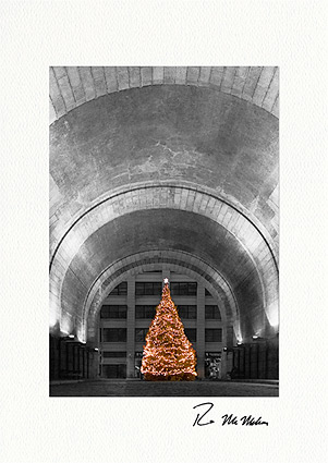 DUMBO Brooklyn Christmas Tree Under Arch Boxed Christmas Cards