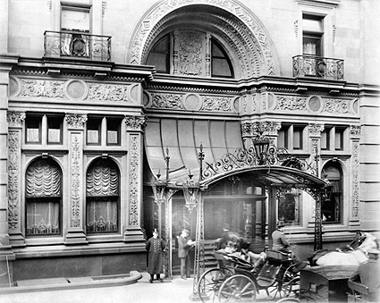 Entrance of Waldorf Astoria Hotel NYC 1902 Photo Print