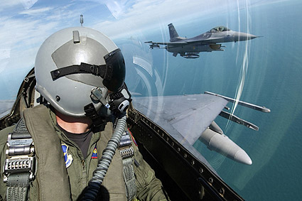 F-16 Fighting Falcons Pilot View Photo Print