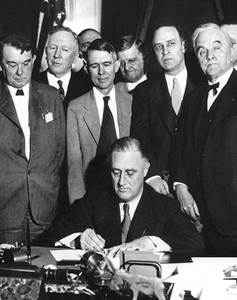 FDR Signs Tennessee Valley Authority Act 1933 Photo Print