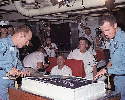 Gemini 5 Recovery Party Photo Print