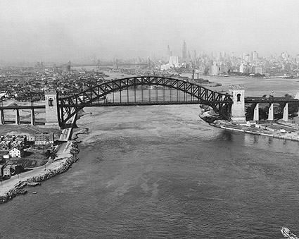 Hell Gate Bridge over East River, New York Photo Print