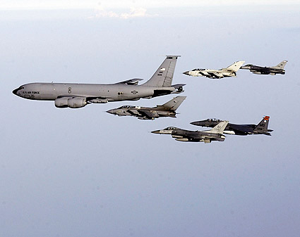 KC-135 Stratotanker & Aircraft Formation Photo Print