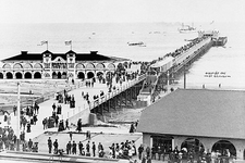Long Beach Pier & Crowd, California 1905 Photo Print