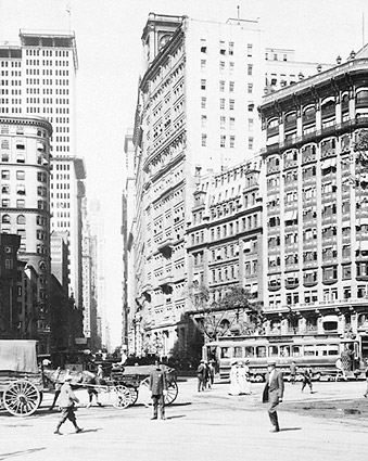 Lower Broadway in New York City, 1915 Photo Print