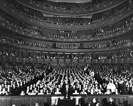 Metropolitan Opera House, New York 1930s Photo Print