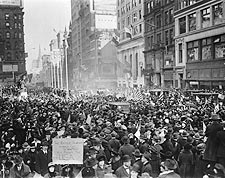 New York City Celebrates End of WWI Photo Print for Sale