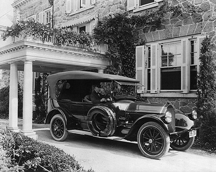 Pierce Arrow American Antique Car 1919 Photo Print
