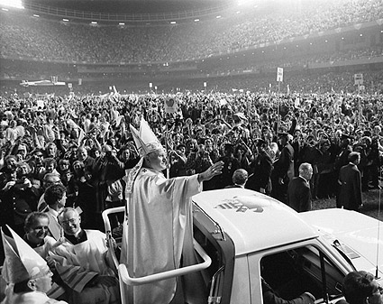 Pope John Paul II Visits US 1979 Photo Print