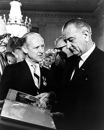 Pres. Lyndon Johnson & William Pickering Photo Print