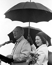Pres. Lyndon & Lady Bird Johnson in Rain Photo Print for Sale