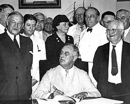 President Franklin Roosevelt Signs Social Security Act  Photo Print