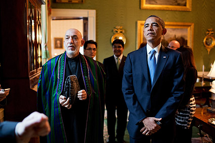 President Obama & Afghan President Karzai in Green Room Photo Print
