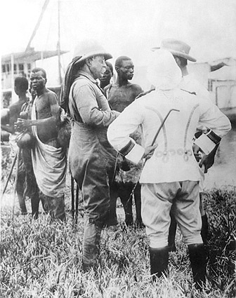 President Theodore Roosevelt in Africa 1910 Photo Print