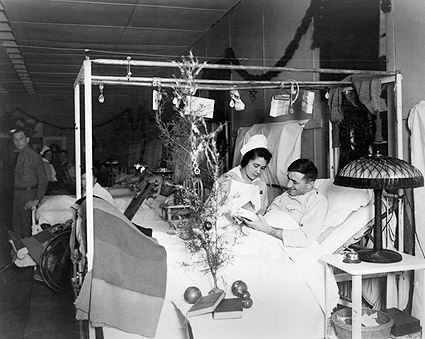 Red Cross Nurse & Soldier On Christmas WWI Photo Print