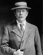 Sir Arthur Conan Doyle 1913 Portrait Photo Print for Sale