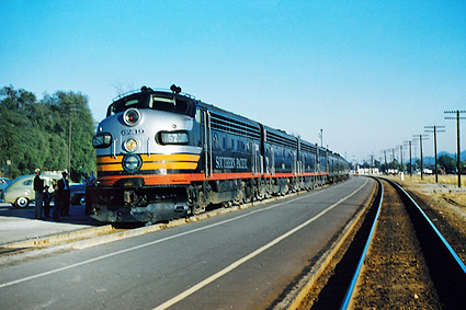 Southern Pacific F-7ABBA 'Owl' Train Photo Print