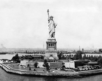 Statue of Liberty Front View, New York City Photo Print