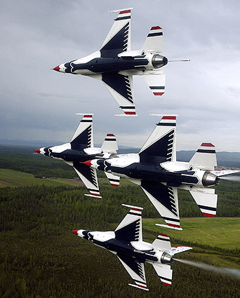 Thunderbirds F-16 Falcons in Flight Photo Print