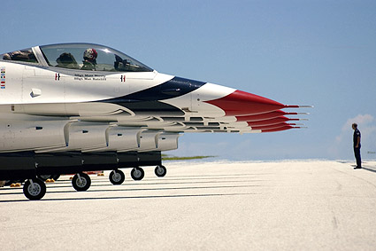 Thunderbirds F-16 Fighting Falcons Photo Print