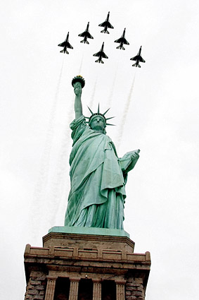 Thunderbirds & Statue of Liberty New York Photo Print