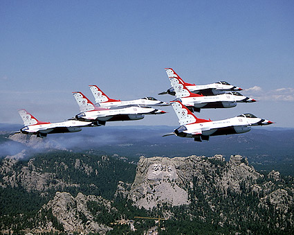 USAF Thunderbirds over Mount Rushmore Photo Print