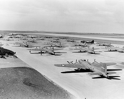 WWII Boeing B-17 Flying Fortress Line-Up Photo Print