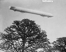 Zeppelin Airship / Blimp No.3 In Flight Photo Print for Sale