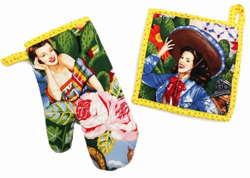 Hot Calendar Girls Pot Holder and Oven Mitt
