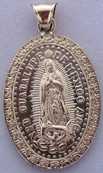 Medalla de Oro Virgen de Guadalupe - Our Lady of Guadalupe Gold Medal - Large Oval