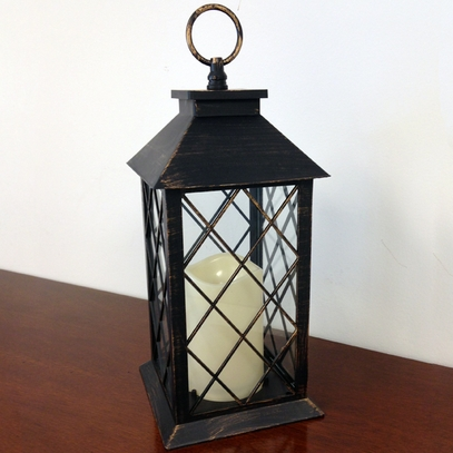 Battery-Powered Colonial Lantern