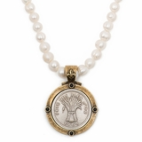 Pearls & Bles D'Or Medallion