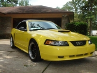 2001 Lemon Yellow Mustang GT Convertible Pictures- Eric Thomas '01