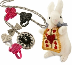 Alice in Wonderland, Mad Hatter and Queen of Hearts Accessories