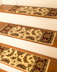 Sydney Traditional Style Carpet Stair Treads, Cream