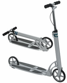 Xootr STREET kick scooter with fender brake