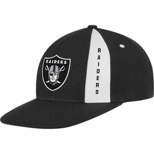 Oakland Raiders Black Snapback Adjustable Cap - Click to enlarge