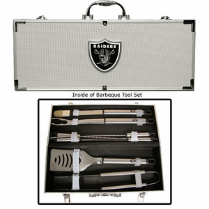 Oakland Raiders Eight Piece Barbecue Set With Case - Click to enlarge