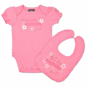 Oakland Raiders Infant Pink Bodysuit and Bib Set - Click to enlarge