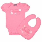 Oakland Raiders Infant Pink Bodysuit and Bib Set
