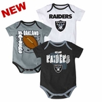 Oakland Raiders Infant Three Piece Point Spread Set