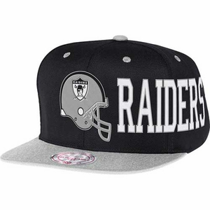 Oakland Raiders Mitchell & Ness Black Helmet Snapback Cap - Click to enlarge