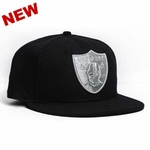 Oakland Raiders New Era 59Fifty Black Pirate Logo Aqua Hook