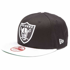 Oakland Raiders New Era 9Fifty Black Top Snap Back Cap - Click to enlarge
