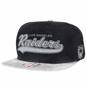 Oakland Raiders Tailsweeper Twill Cap - Click to enlarge