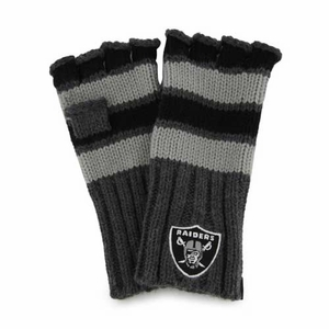 Oakland Raiders Womens Highland Mitten - Click to enlarge