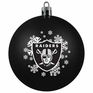 Oakland Raiders Shatter Proof Ornament - Click to enlarge