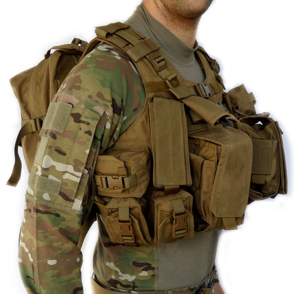 Military Puppy moreover 121175046194268536 besides T75198 6400 as well Doggy Armour in addition Front Opening Raid Sewn Pockets 2. on tactical armor plate carrier vests