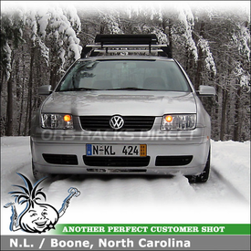 1999.5 VW Jetta OEM Rack Ski-Snowboard Carrier using Thule 91725b Universal Flat Top Snowboard-Ski Rack