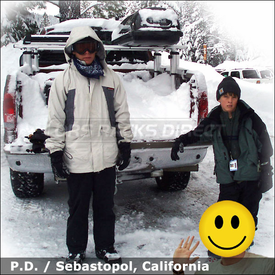 2005 Ford F-350 Truck Rack for Skis, Snowboards & Luggage with Thule 422XT Xsporter, 91725 FlatTop & Cargo Carrier